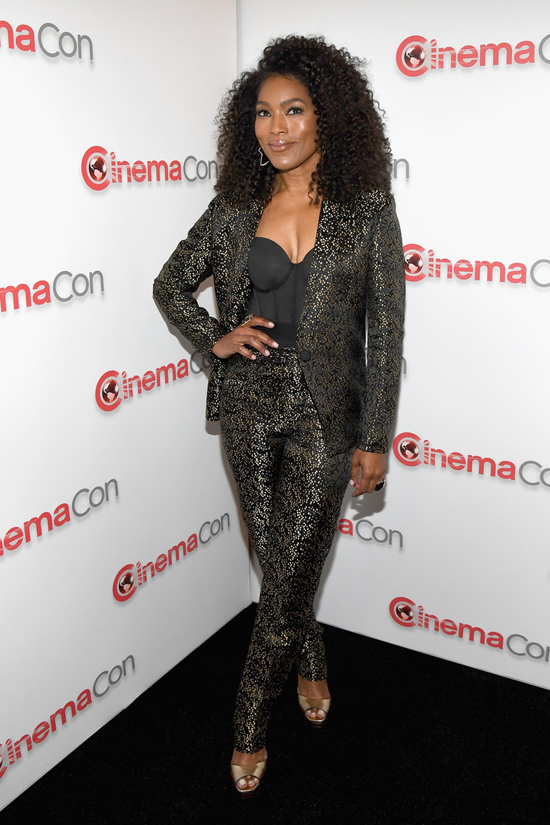 Angela-Bassett-Taraji-P-Henson-CinemaCon-2018-Red-Carpet-Fashion-Dzojchen-Solace-London-Tom-Lorenzo-Site-4.jpg