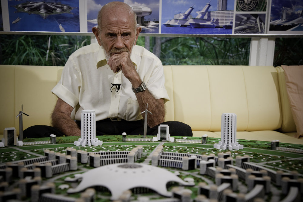 Jacque Fresco, the modern-day Da Vinci, and friends and peers with Einstein, willingly accepts our designation of Legacy Leader. He shows us what passion looks like after a century of life.