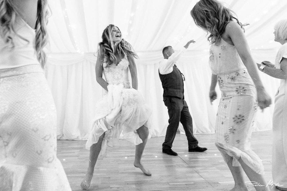 temple-newsham-wedding-photography-55.jpg