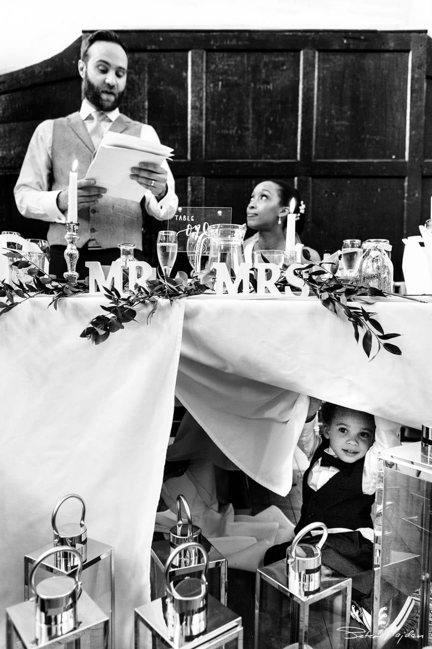 storytelling-wedding-photo.jpg