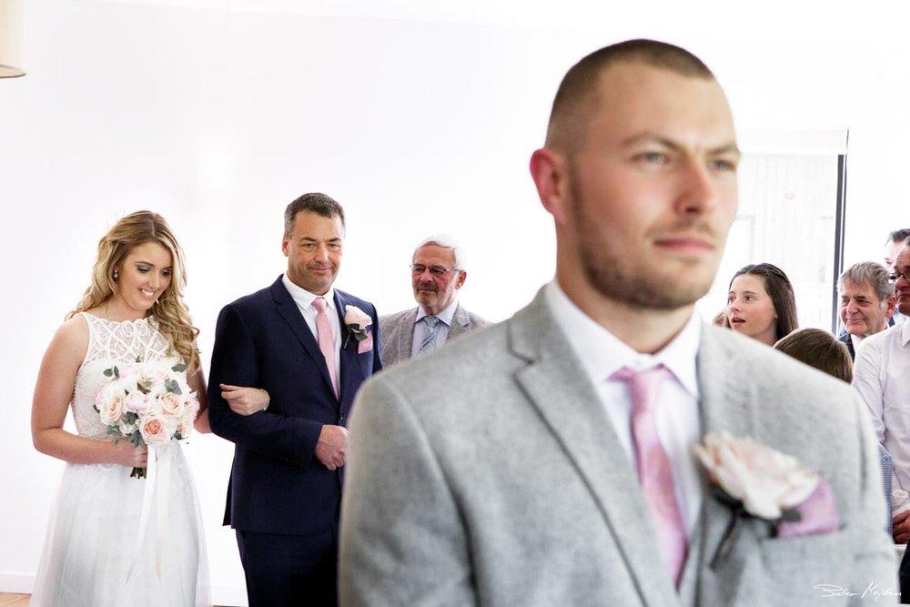 bride arriving for ceremony