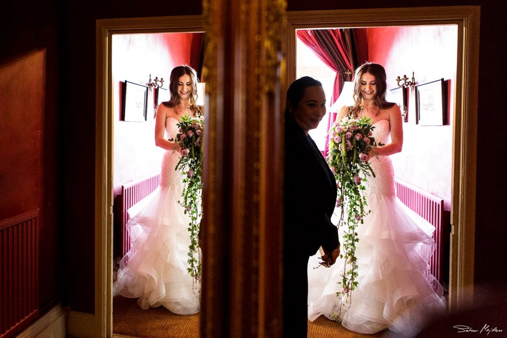 Woodborough-hall-wedding-photographer-13.jpg