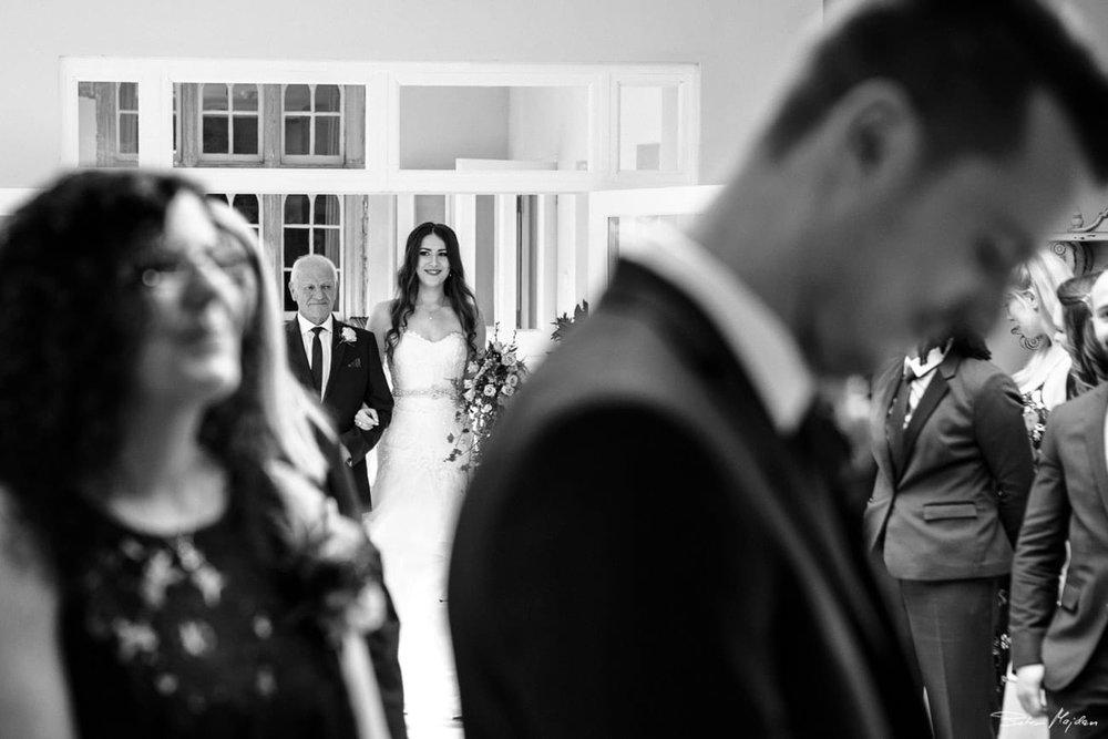 Woodborough-hall-wedding-photographer-15.jpg