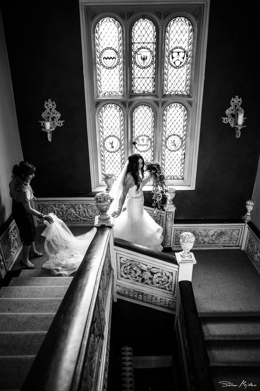 Woodborough-hall-wedding-photographer-14.jpg
