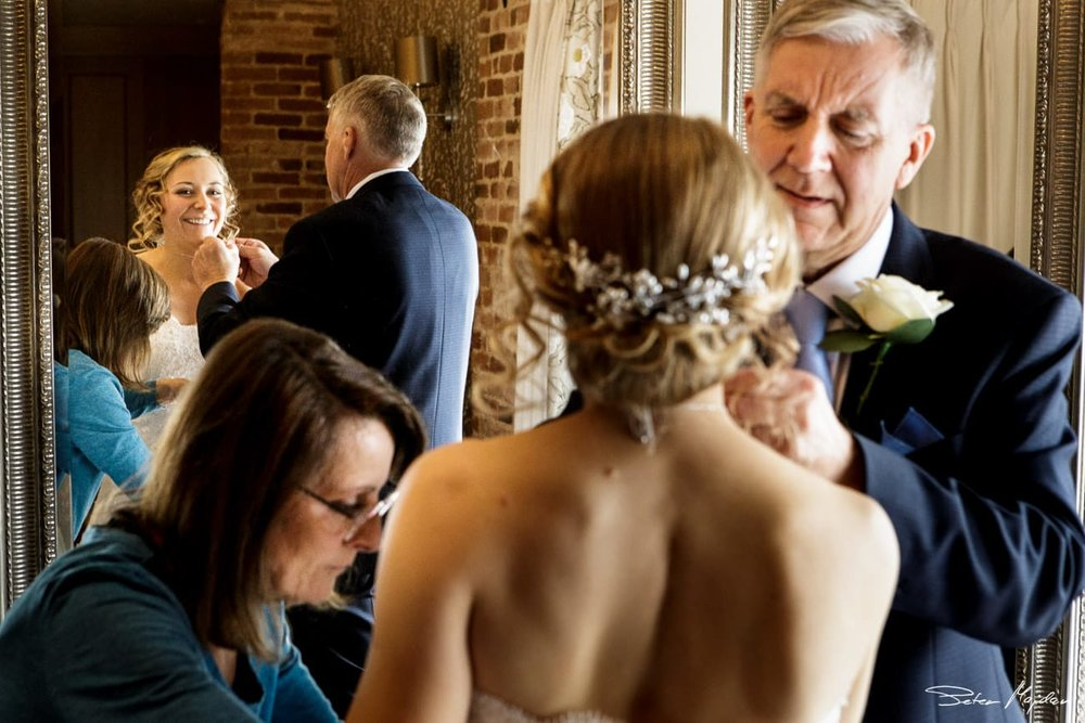 mythe-barn-wedding-photographer-9.jpg