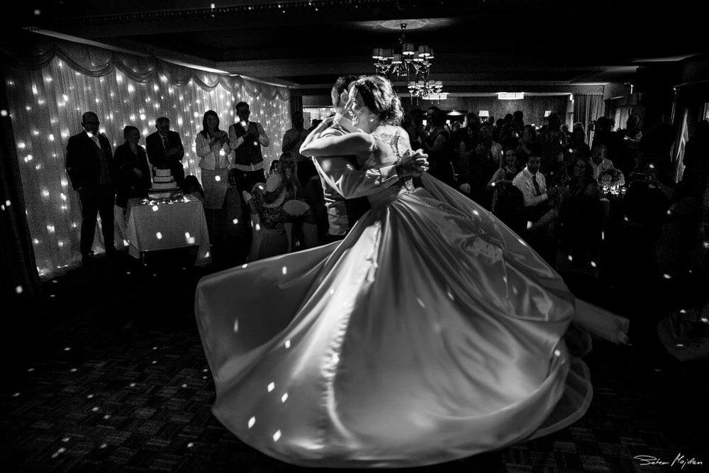 first dance photo