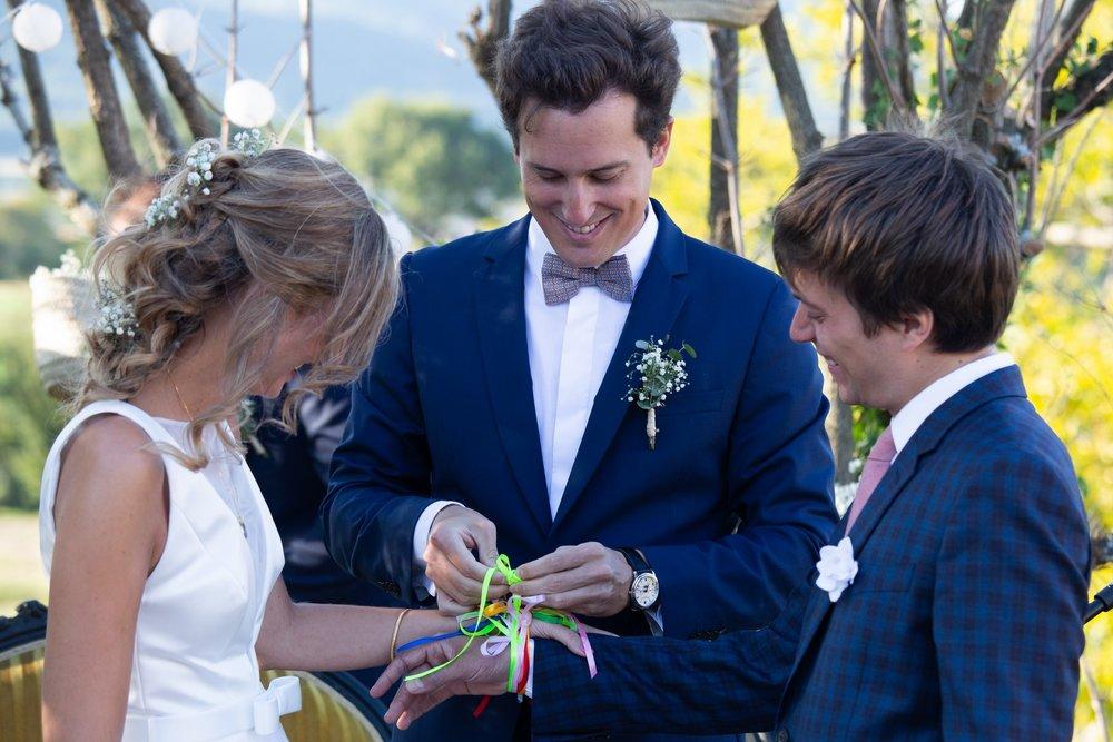 12. cérémonie mariés attachés (3).jpg
