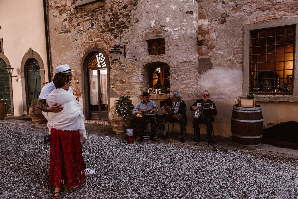 581-E-&-P-Tuscany-Italy-Photographer-Fotomagoria.jpg