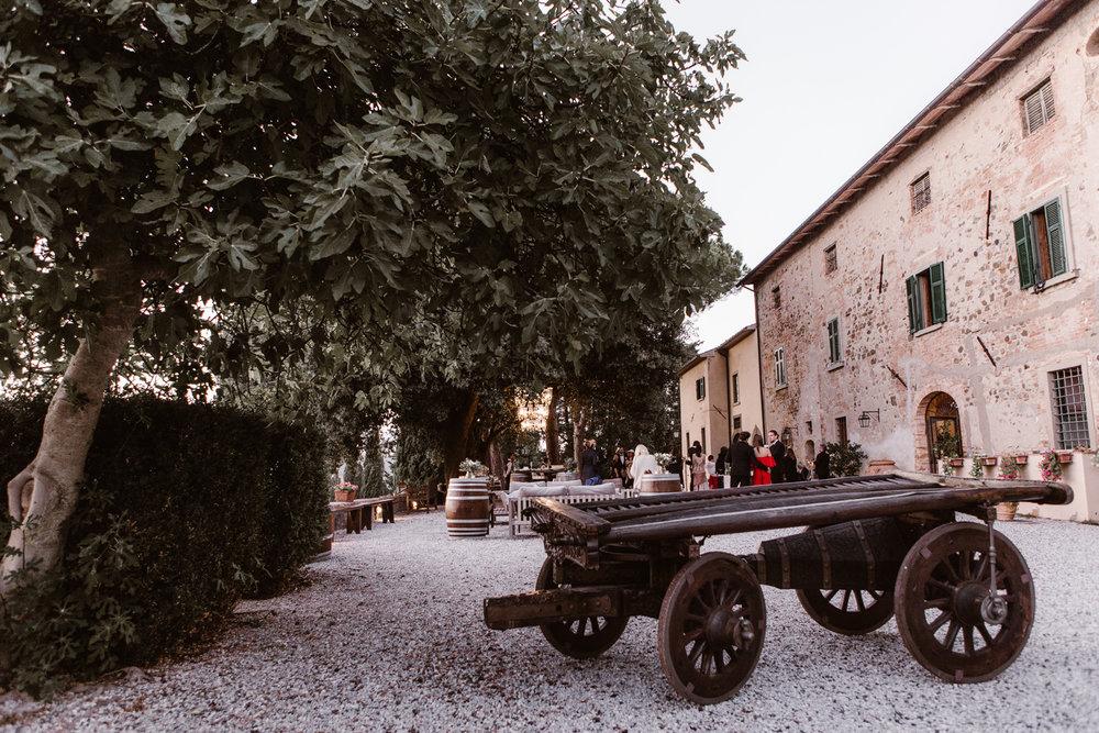 589-E-&-P-Tuscany-Italy-Photographer-Fotomagoria.jpg