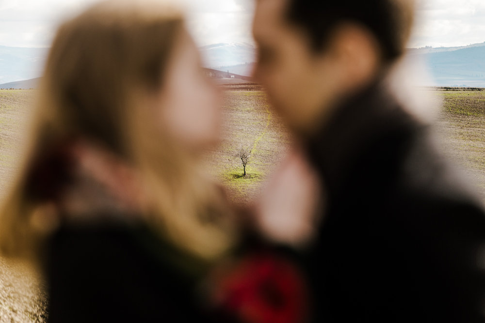 031-wedding-photographer-italy-tuscany-anniversary.jpg