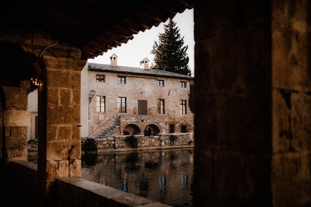 041-wedding-photographer-italy-tuscany-anniversary.jpg