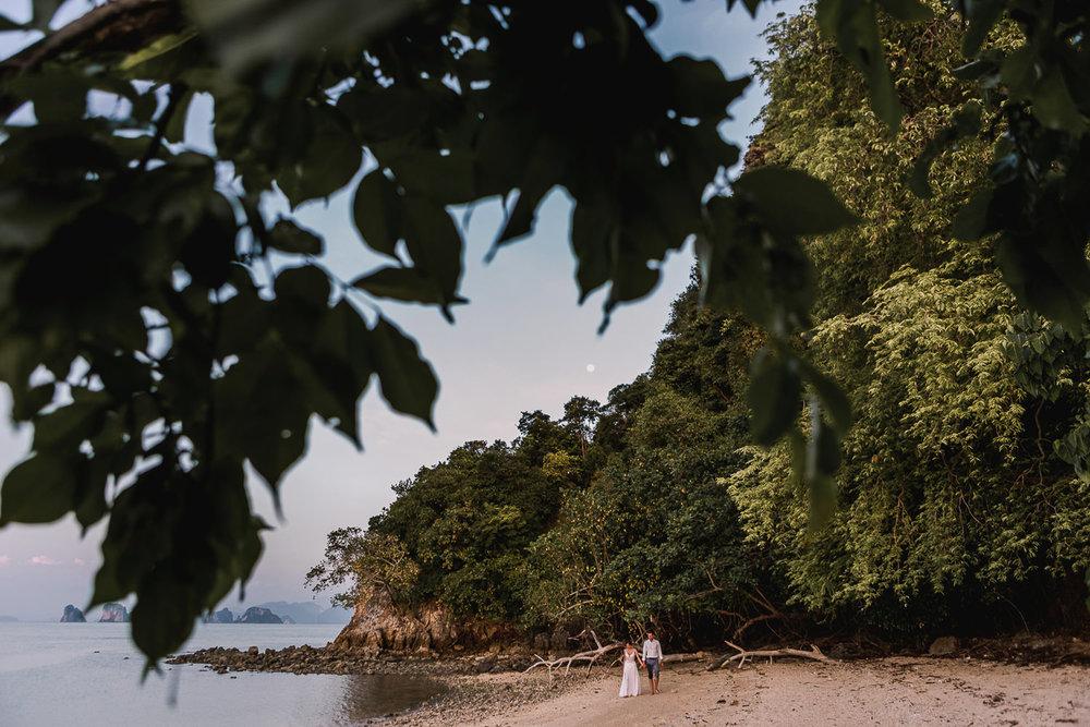146-Fotomagoria-Thailand-Pukhet-Elopement-Wedding.jpg