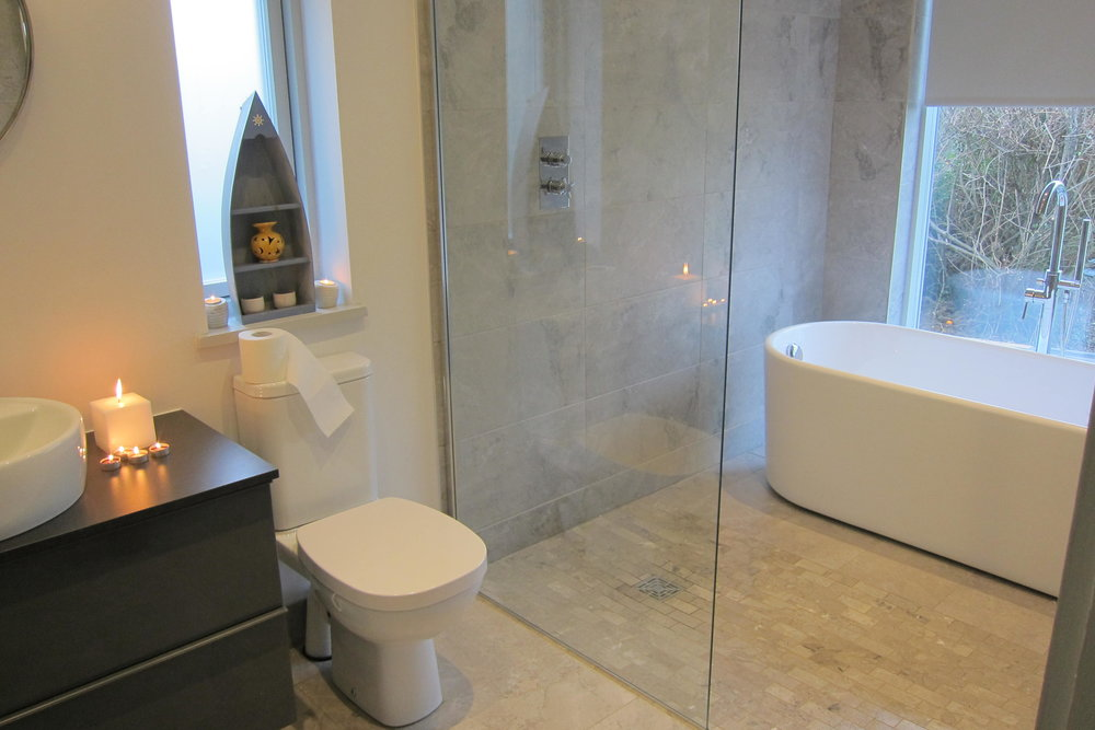 TX4 RTI10 Sutton AFTER Bathroom .JPG