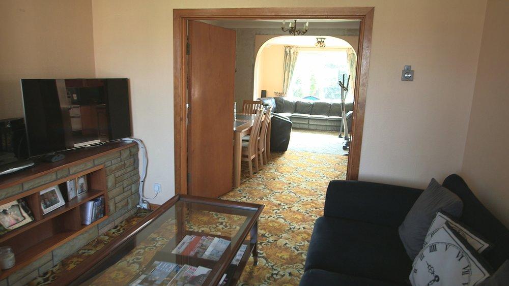 TX6 Tempelogue RTI10 BEFORE Living room .jpg