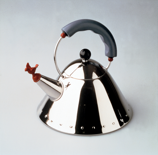 Schmoozy_Fox_Funky_Brand_Interviews_9093_Kettle_design Michael Graves 1985
