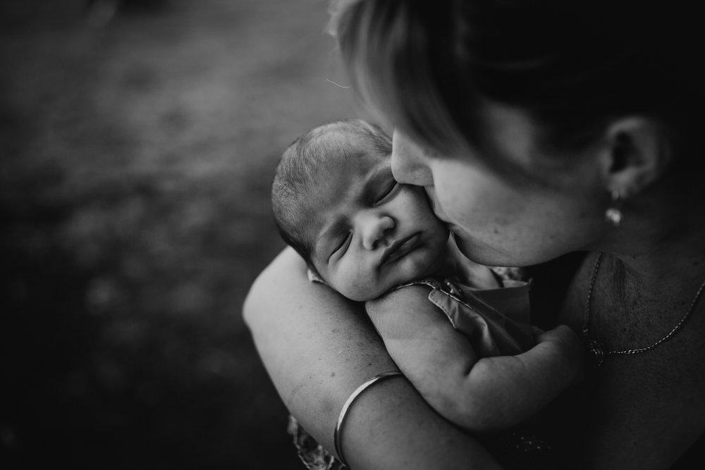LDP_3403Townsville-Queensland-Regional-Rural-Australian-Farm-Family-Children-Lifestyle-Photographer.jpg