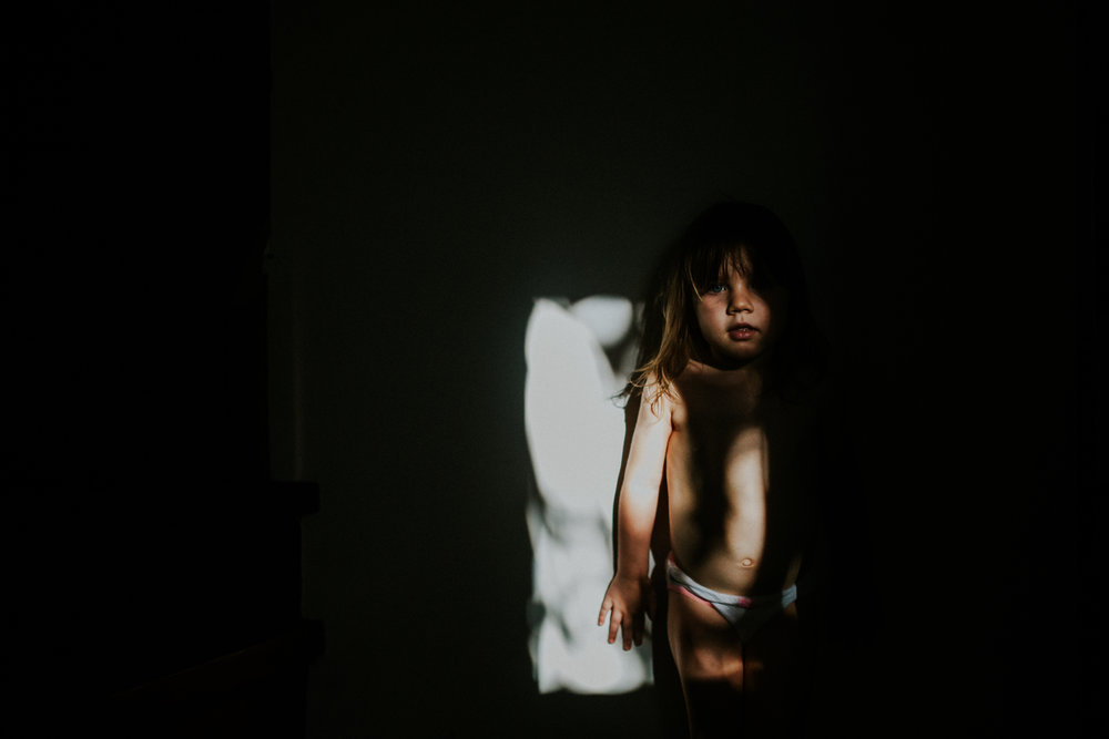 Playing with light and shadows