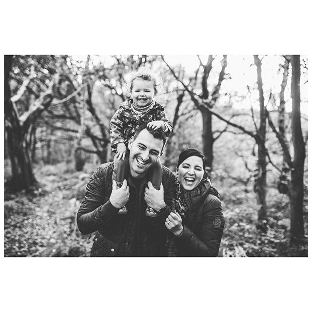 Image 17 // The happiest, smiliest family faces you ever did see?
