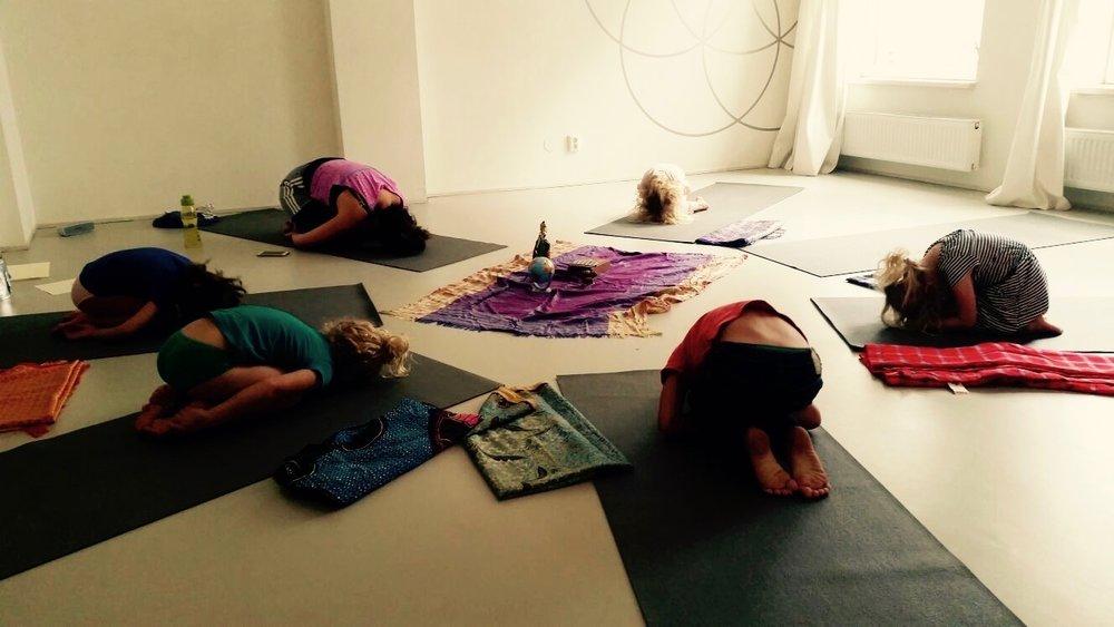 yoga kind 2.jpg