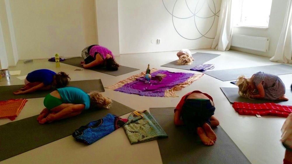 yoga kind 3.jpg