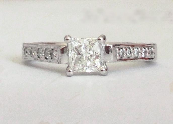 Platinum Princess Diamond ring