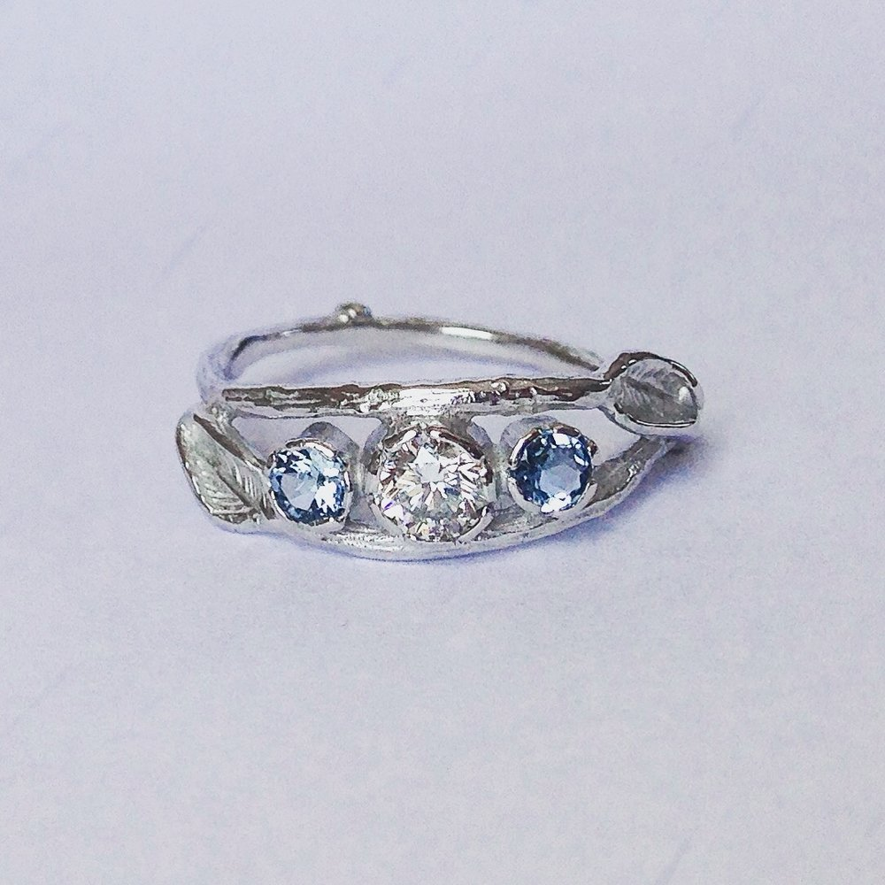 18ct White Gold Diamond and Aquamarine leaf ring