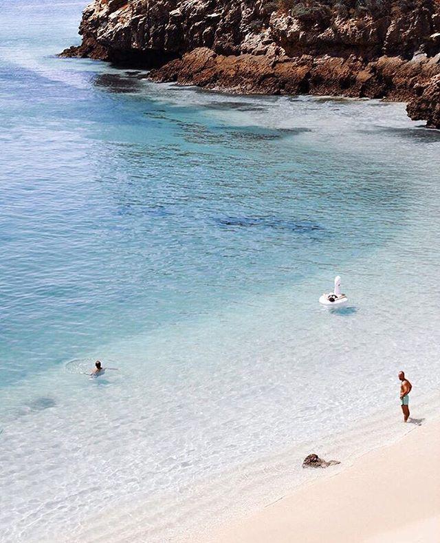 Weekend vibes 💙 via @emelinaah www.bornagainbody.com.au