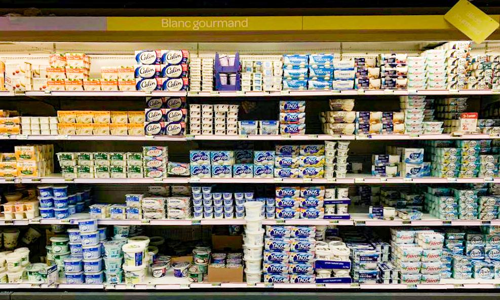 French yoghurt aisle005.jpg