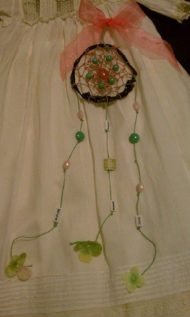Example of an umbilical cord dream catcher~ $45