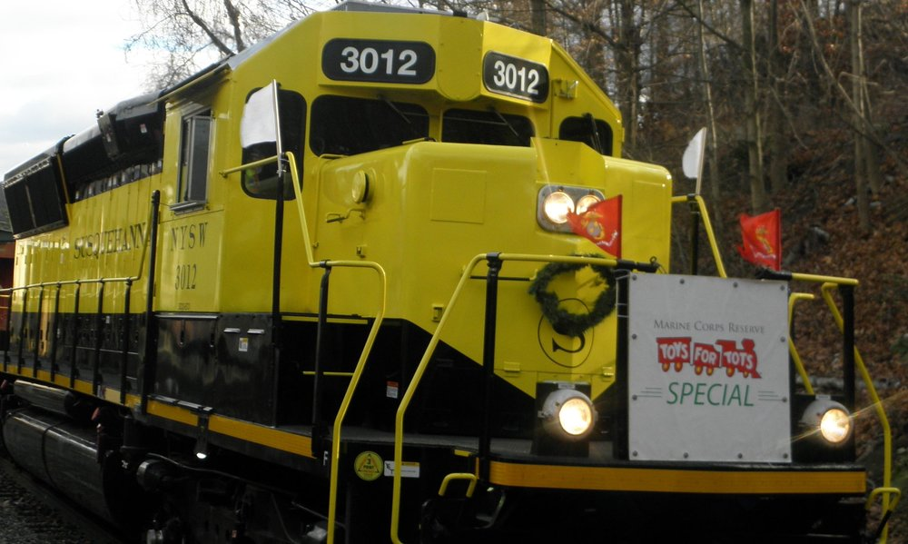 The Toys for Tots Special Arriving At ButLer Train Station