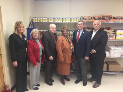 Left to Right: Melissa Florance- Lynch, Carol Van Savage, John Walters, Mayor Jane Williams Warren, William Linteris,  Richard Scillieri