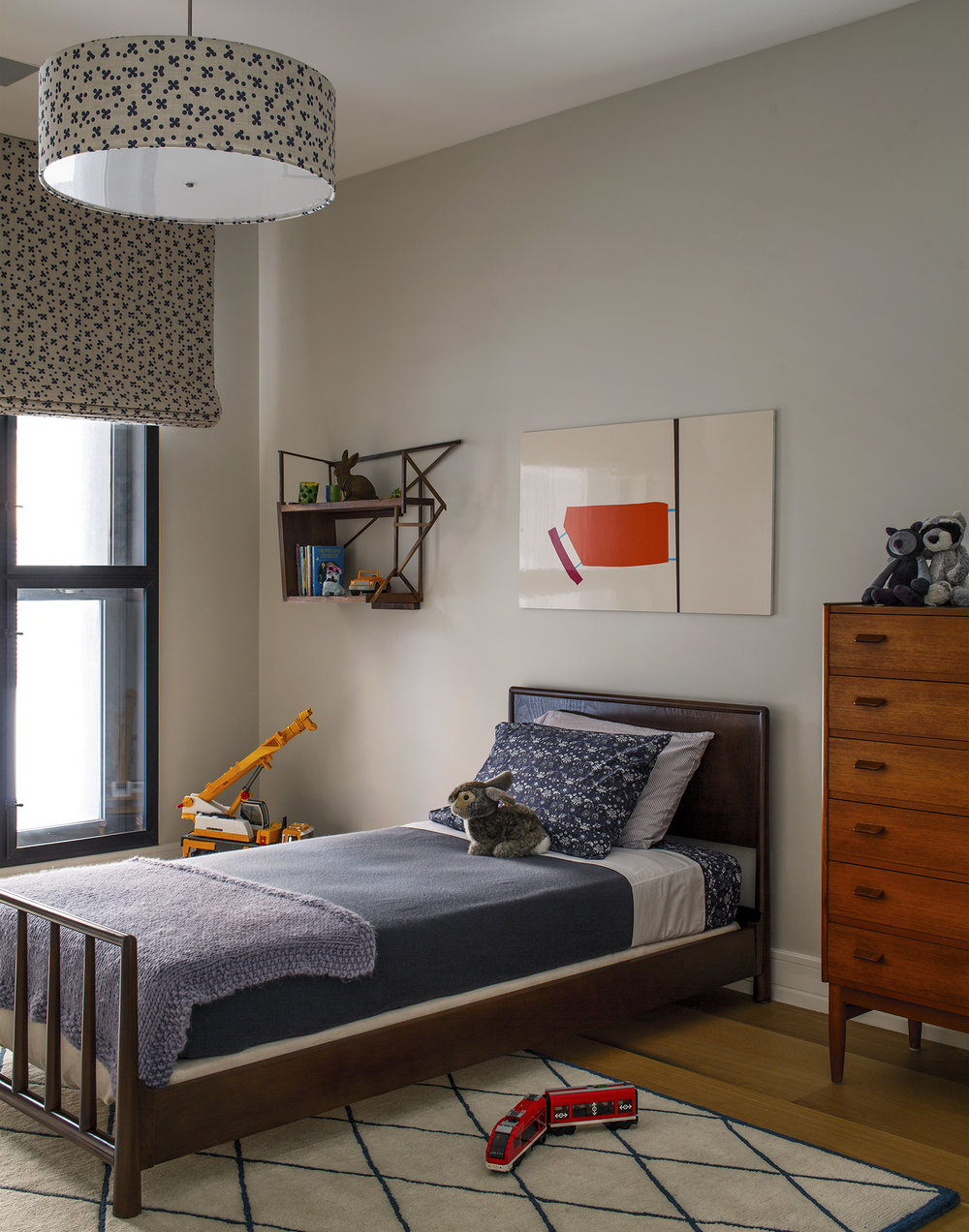 19-Kids Bedroom.jpg