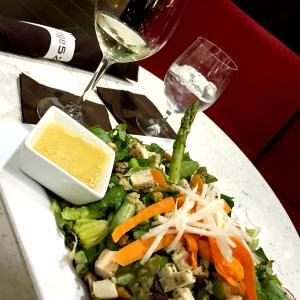 airport salad