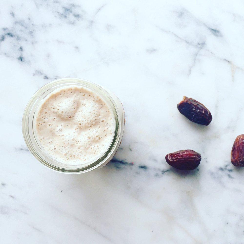 Vanilla Date Almond Milk