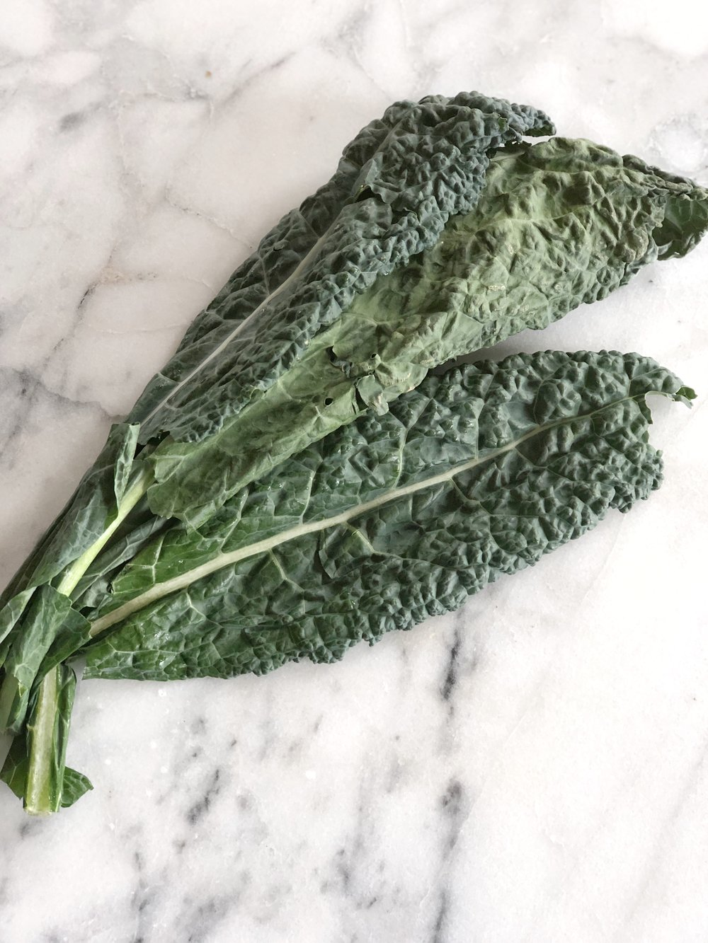LACINITO KALE  Milder kale, not as course, works well raw, torn off stem and then chopped or torn into sections, can work in raw salads, a quick stir-fry toward the end, and in smoothies or juices.