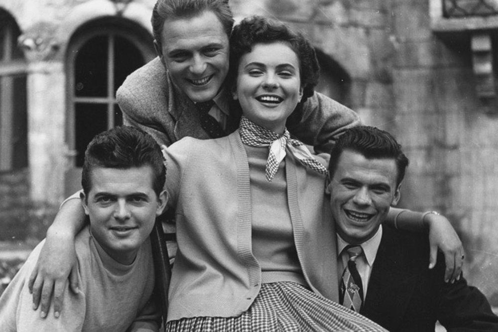 Kultni film Vesna in zgodbe njenih junakov - Romantična komedija Vesna iz leta 1953, ki velja za kultni slovenski film in je nastala pod direktivo češkega mojstra Františka Čapa, ki je v Sloveniji odkril nove obraze ter jih izstrelil med zvezde, velja še danes za enega boljših slovenskih filmov.