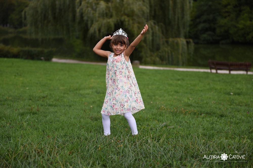 AlmiraCatovic-Familyphoto (16).jpg