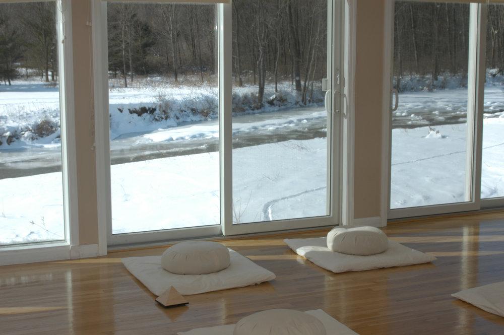 pa fitness yoga studio maditation zafu zabutonviewwinter.jpg
