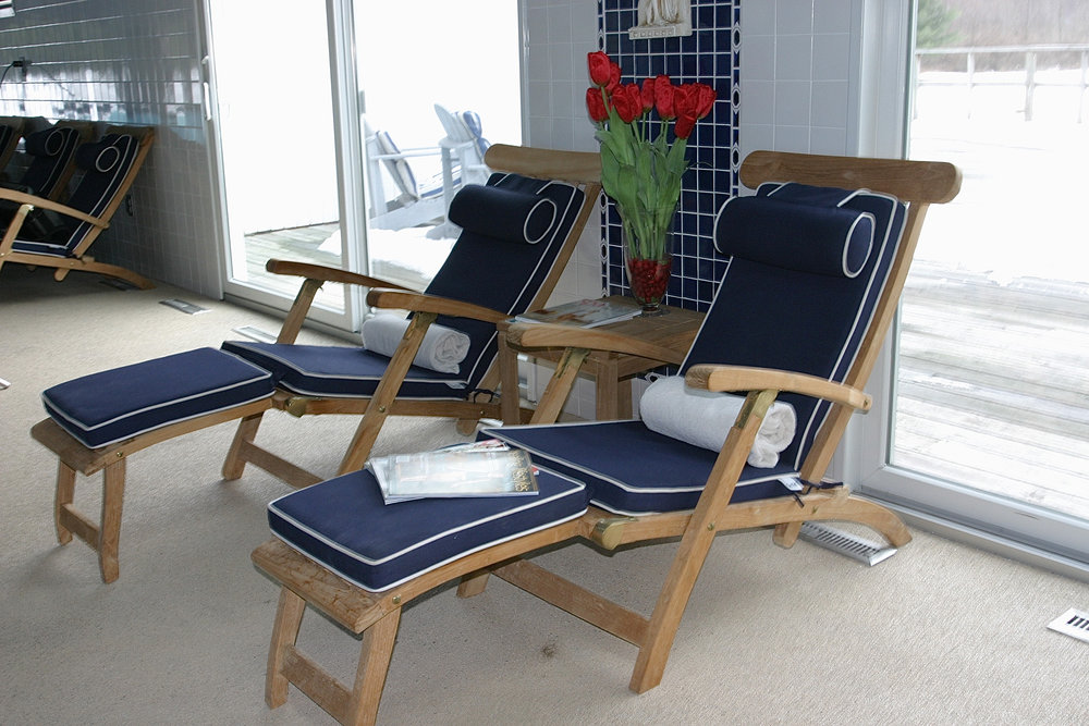 spa - pool steamer chairs.jpg