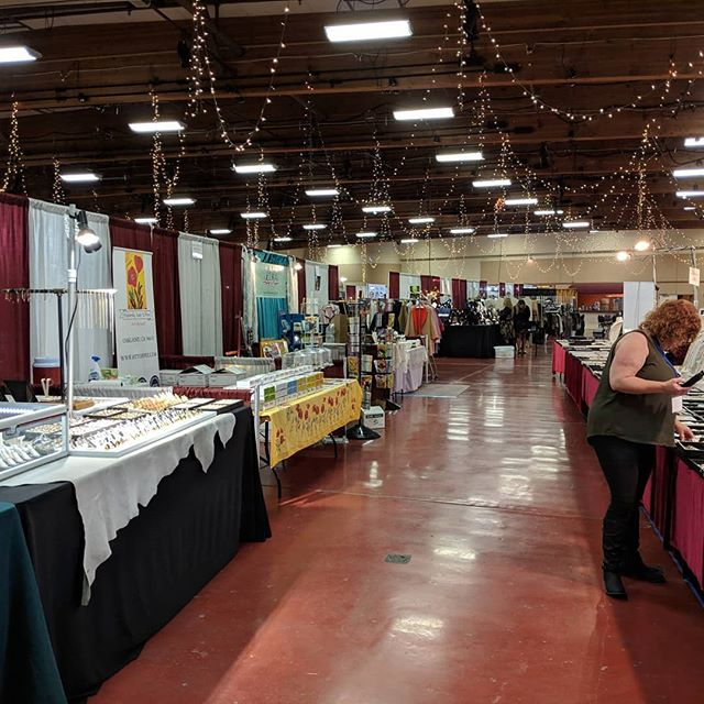 Marin Arts and Crafts Show today thru Sunday (3/1 -3/3) from 10am to 6pm everyday!!! Come by and get some amazing trinkets, jewellery, crafts, and of course TOFFEE!!!