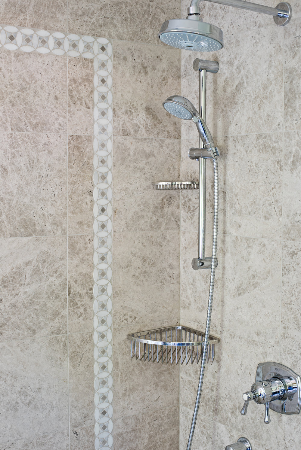 Bahtroom Shower Head.jpg