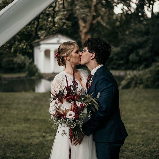 true love🖤♥️🥰 . . . #couplegoals #happymoments #happiestday #bride #greenweddingshoes #weddingtime  #authenticlovemag  #theweddinglegends  #vscomood #lifeofadventure #adventurouswedding #weddinghair #intimatewedding #intimateweddigphotographer #weddingseason #whitemagazine #lookslikefilm #weddingflowers #weddingbouquet #bouquet #greenery #weddingdecor #weddingdress  #weddingday #outdoorwedding #liveandlaugh  #weddingphotography #adventurouswedding  #adventure #loveauthentic