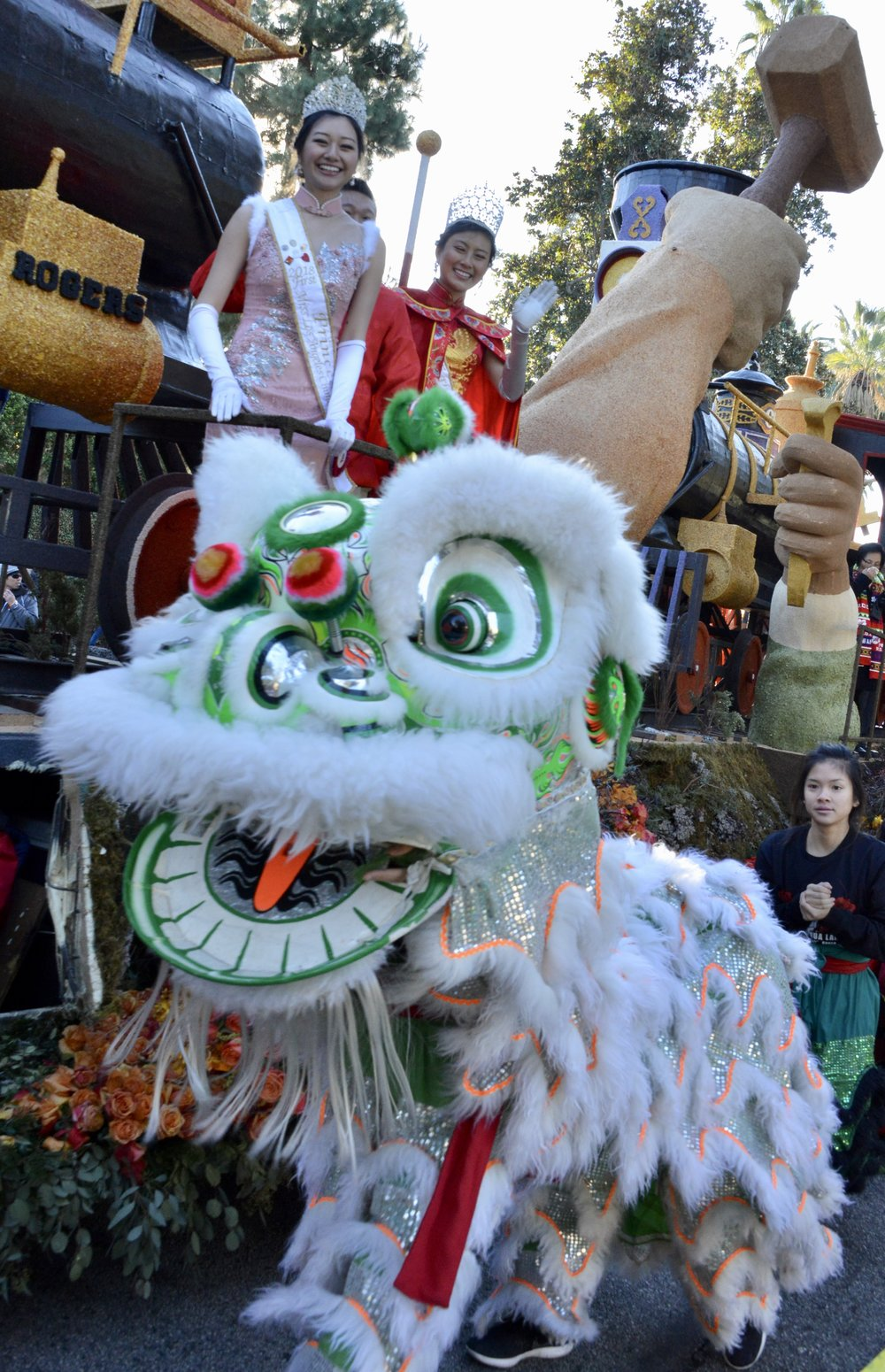 Southern Wind Lion Dance troupe performed before, during, and after the Rose Parade!