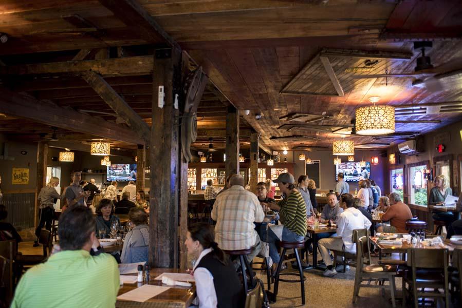 Bibingers Restaurant In West Bend