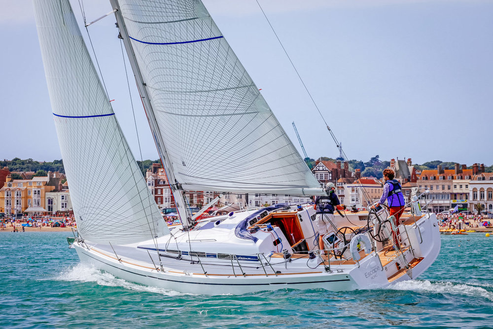 An Arcona 380 with Tape-Drive carbon Spectra Double Taffeta mainsail and roller-furling genoa.