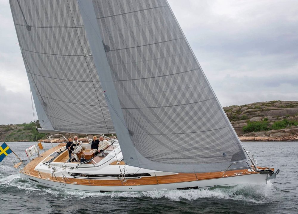 A Najad 505 with X-Drive Carbon double taffeta sails. Both the main and jib have vertical battens for roller furling.