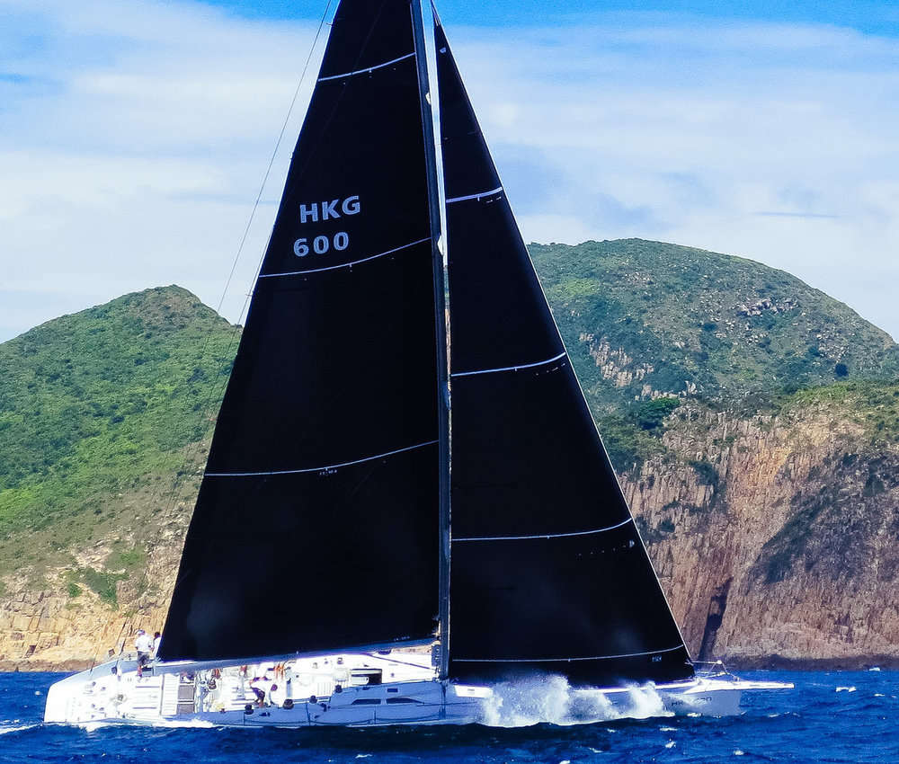 UK+Sailmakers+Draft+Stripes+Jelik+Uni-Titanium+Sails+Bow+Wave.jpg