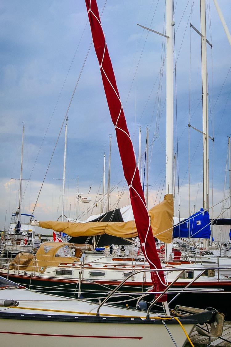 UK+Sailmakers+Racing+Genoa+Red+Jib+Sock.jpg