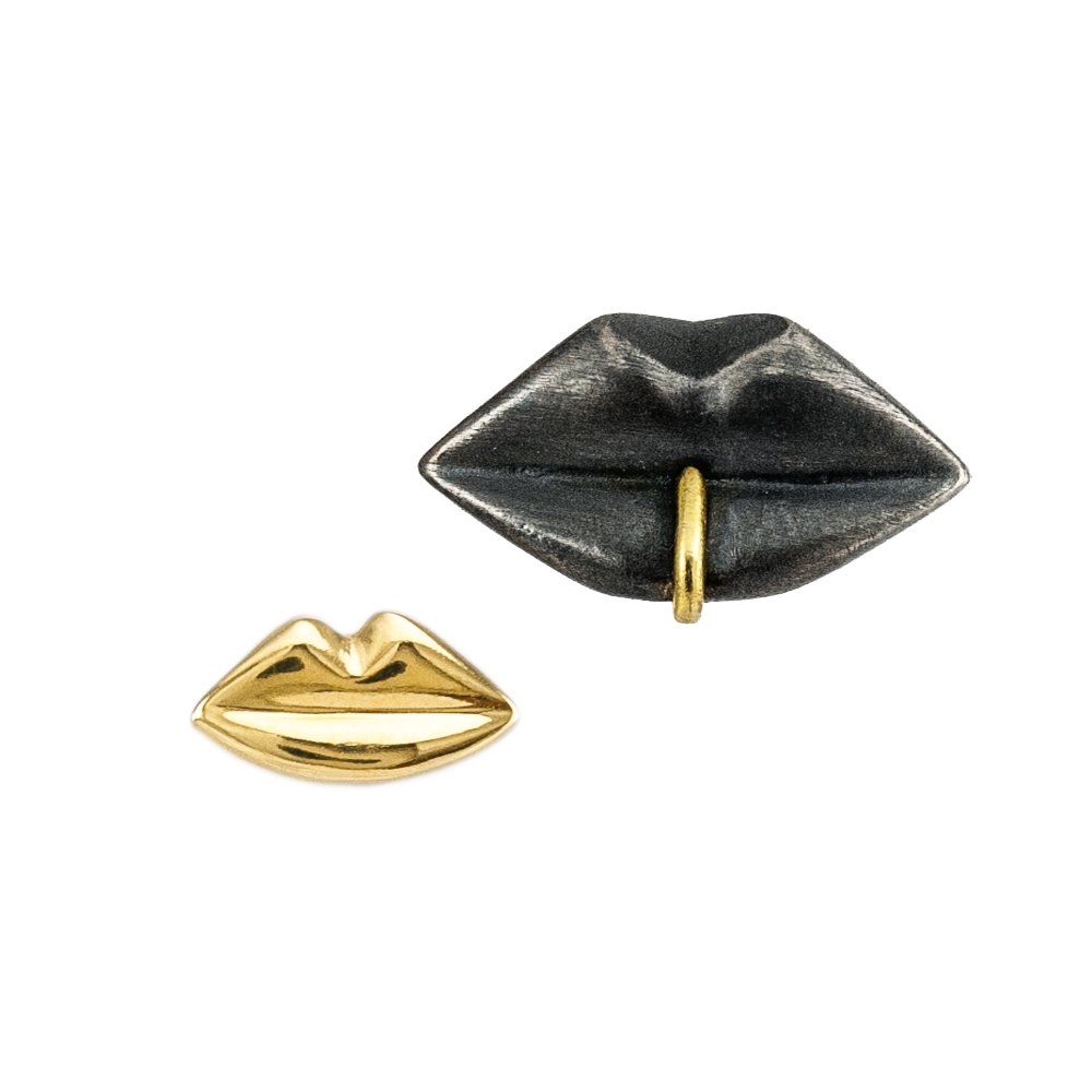 kozminka-earing-kiss-gold-and-black.jpg
