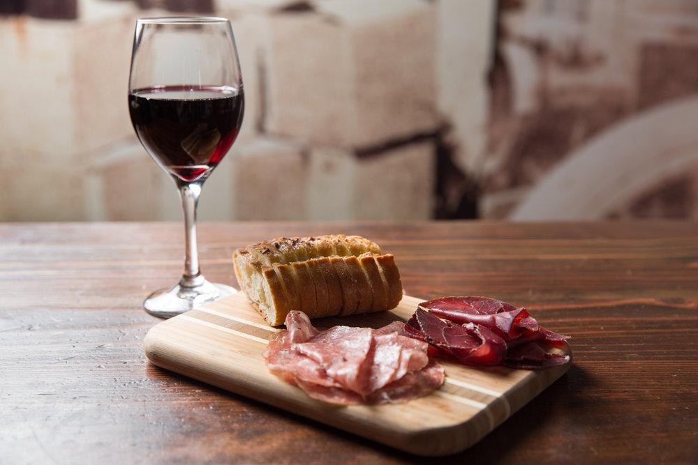 Mini Board w/ Wine